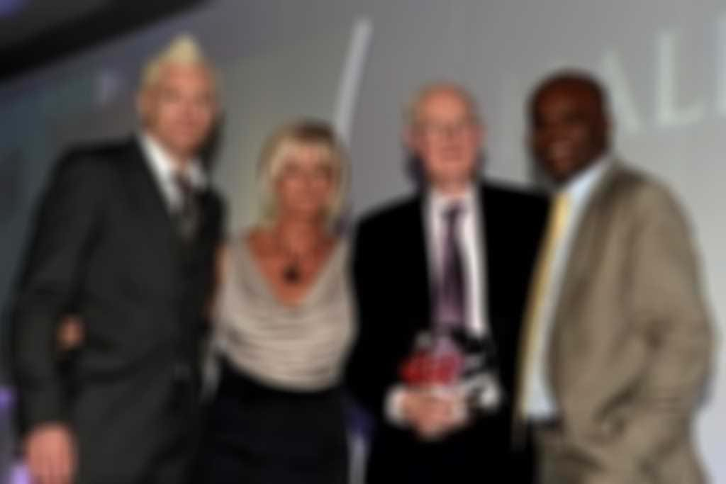 Mike_Smith__Iwan_Thomas__Donna_Hartley__Kriss_Akabusi___300.jpg blurred out
