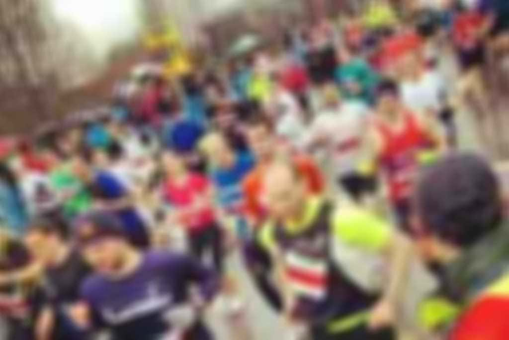 Reading_Half_race_crowd.jpg blurred out