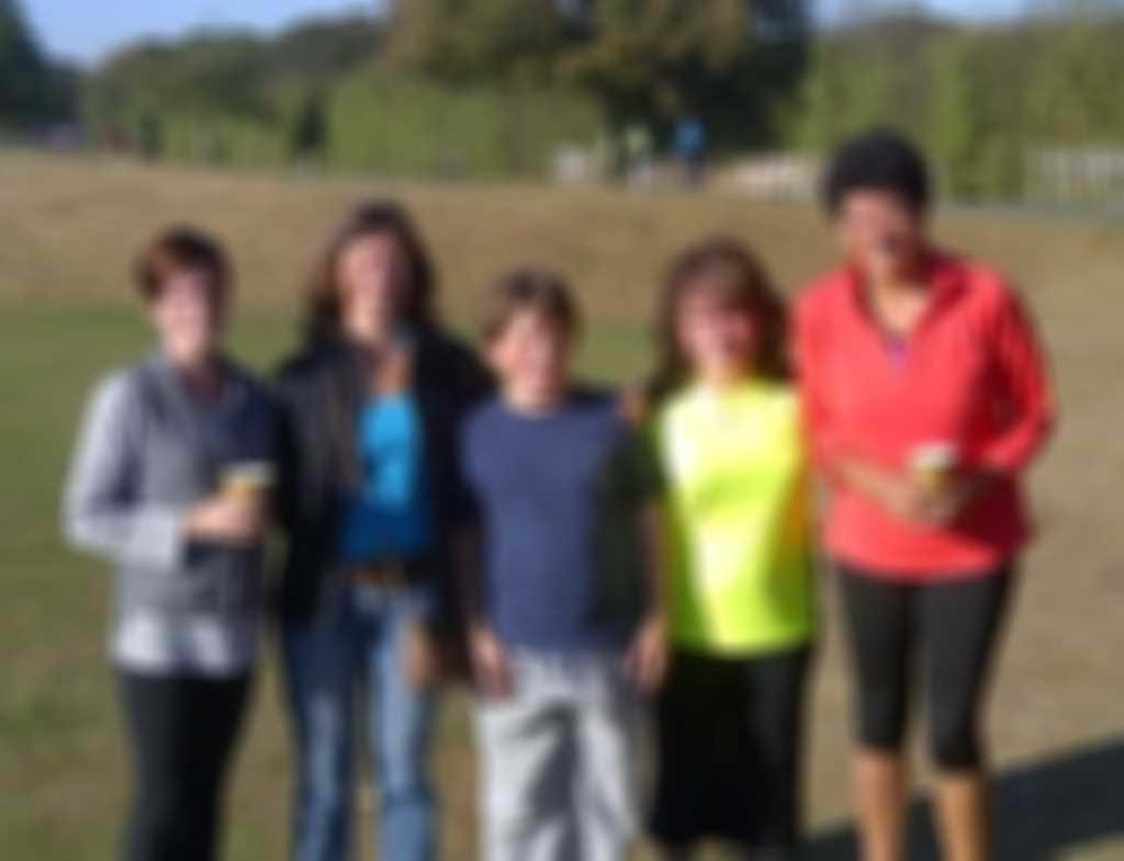 Karen__Laura_s_group_15_10_11_parkrun.jpg blurred out