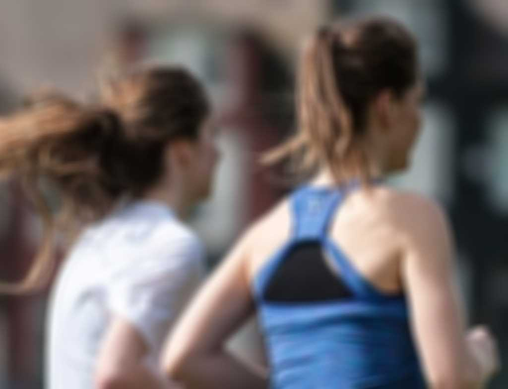 Girls_running.jpg blurred out