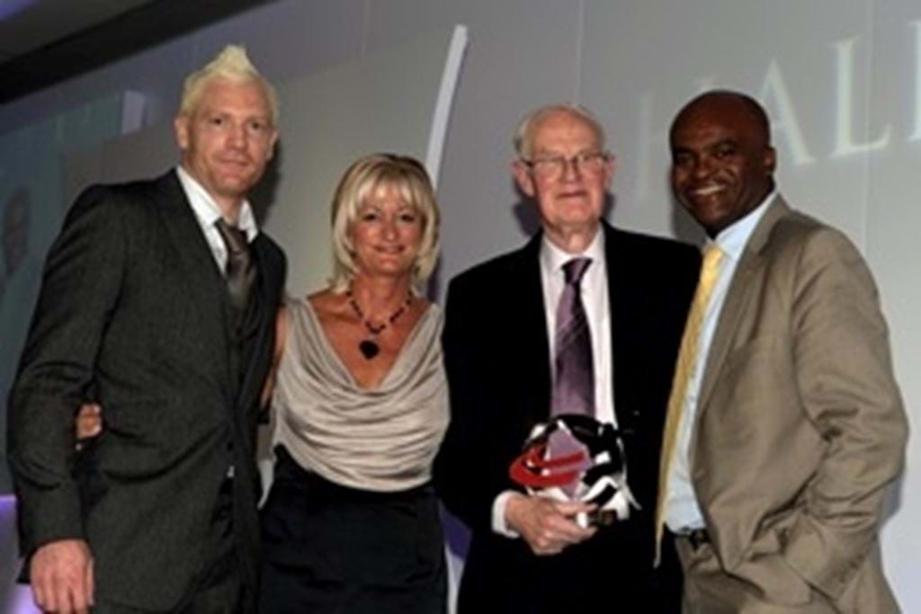 Mike_Smith__Iwan_Thomas__Donna_Hartley__Kriss_Akabusi___300.jpg